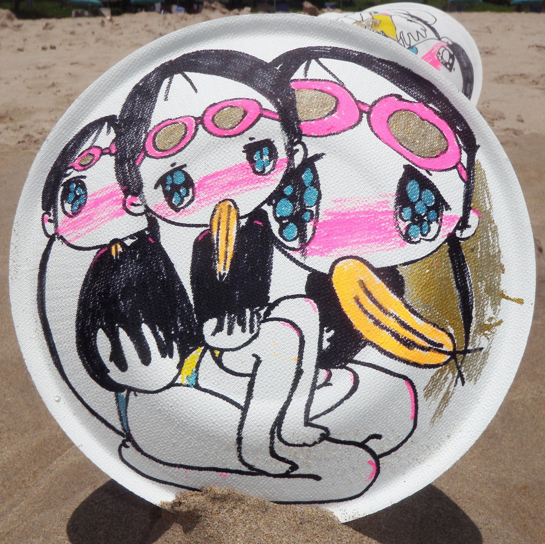 だつお《ダ・ヴィンチの円窓 in ビーチ》